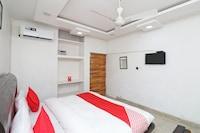 OYO 36428 Hotel Airways Deluxe