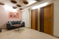 OYO Home 36473 Luxurious Stay Near PVS FIlm City