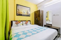 OYO Home 36480 Vibrant 1BHK Near Medica Hospital