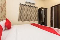 OYO 36511 Hotel Ritik