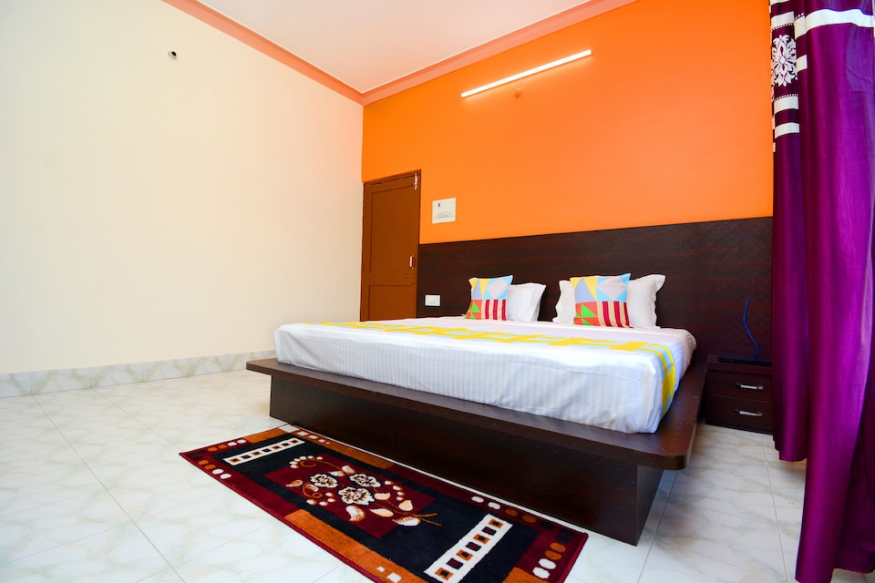 OYO Home 36564 Graceful 2BHK Apartment