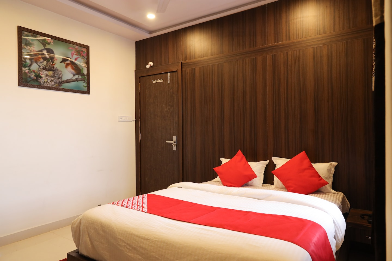 OYO 36612 Hotel Jagat -1