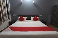 OYO 36619 Hotel Shri Ram Deluxe