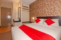 OYO 1009 Regalo Hotel