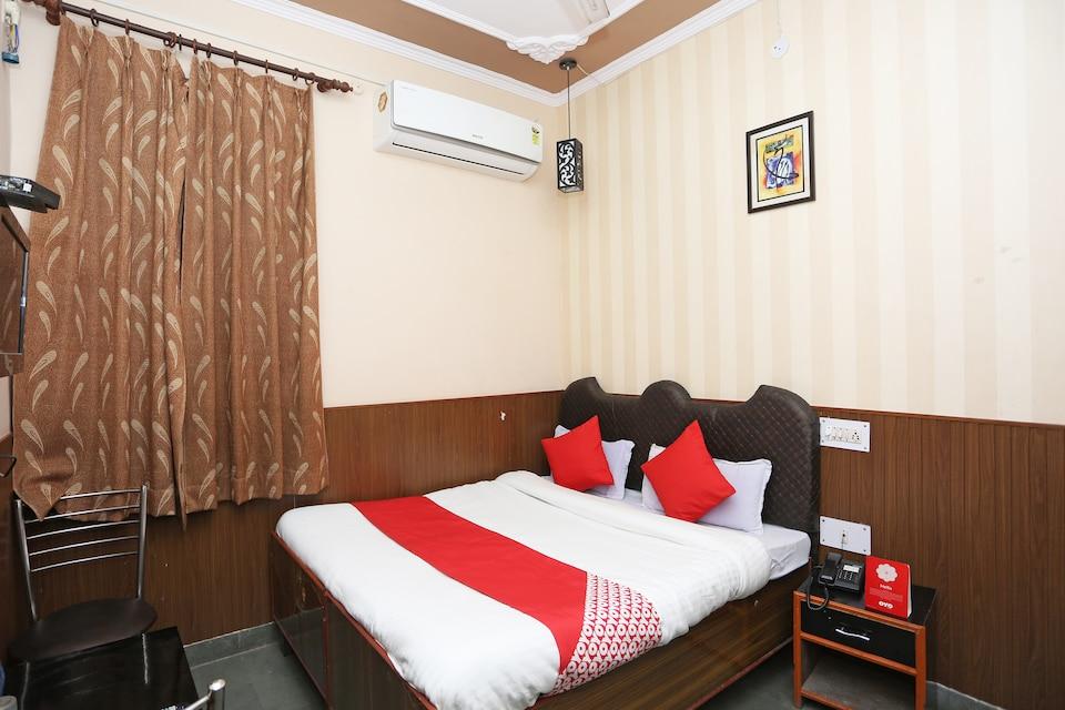 OYO 36680 Hotel Kailash Inn