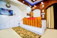 OYO 36683 Hotel Mubarak Deluxe