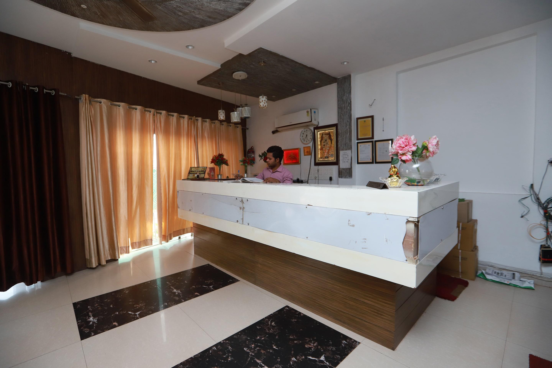 OYO 36709 Hotel Kaydee