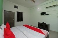 OYO 36723 Hotel Metro Saver