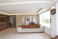 Capital O 36733 Hotel Surya Grand Suite