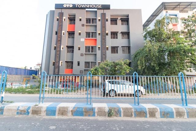 OYO Townhouse 137 Mukundapur