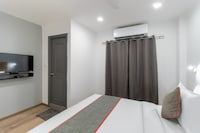 OYO Townhouse 137 Mukundapur Suite