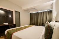 OYO Townhouse 263 Hotel Luxurs Shri Gopal Nagar