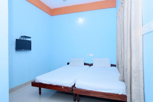 SPOT ON 36996 Manasa Tourist Home SPOT
