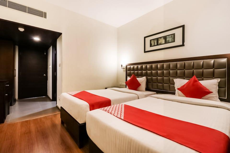 OYO 37001 The Regency Hotel