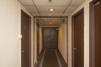 OYO 1030 Nak Hotel