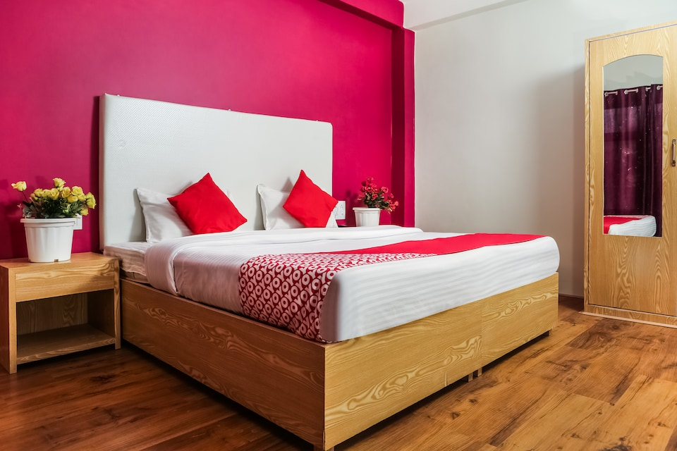 OYO 37004 City Heart Guest House