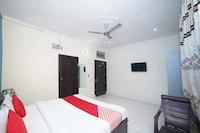 OYO 37006 Hotel Blu Empire