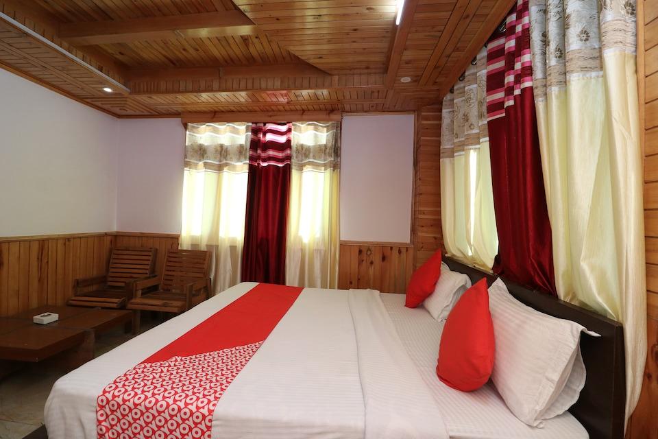 OYO 37031 Hotel Uttarayan