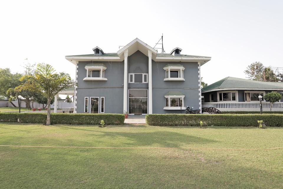 OYO 37035 Royal Residency Resorts