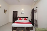 OYO 37035 Royal Residency Resorts Deluxe
