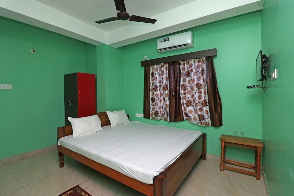 SPOT ON 37065 Hotel Sea Palace
