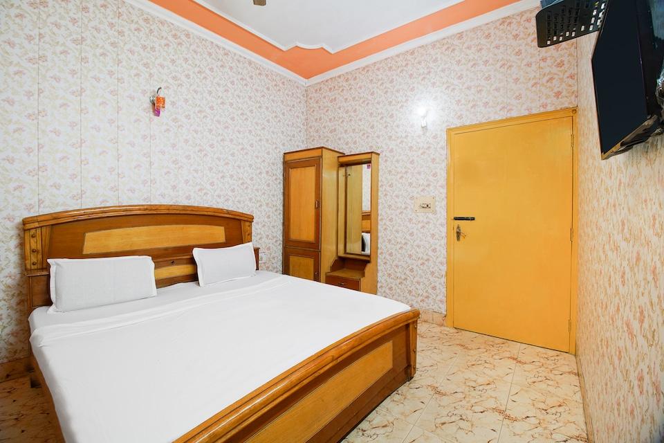 SPOT ON 37066 Hotel Aman Palace