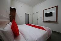 OYO 37077 Hotel Rawat