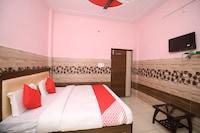 OYO 37108 Mangalam Palace