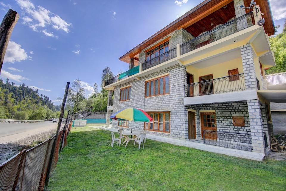 OYO Home 37120 Rampur Riverview Family Suite Villa