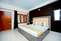 OYO Home 37172 Peaceful Studio Stay