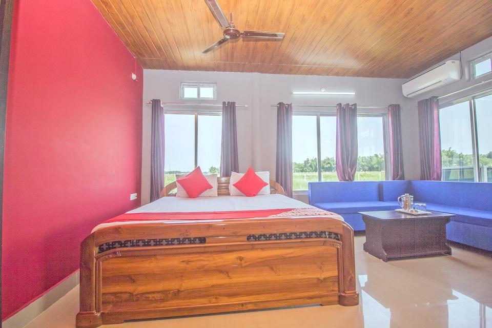 OYO 37200 Rahaman Farm House