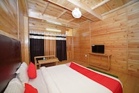 OYO 37228 Durgesh Guest House Suite