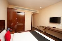 Capital O 37252 Raahat Inn