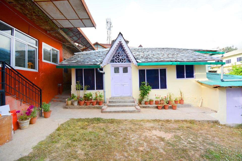 OYO Home 37265 Heritage 2BHK Cottage Dharamshala