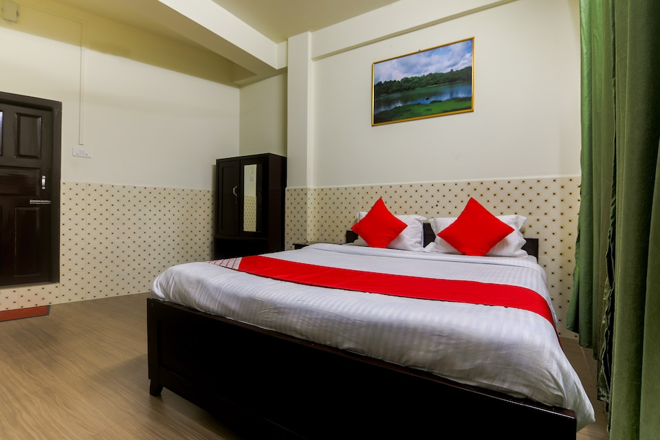 OYO 37280 Ghm Guest House