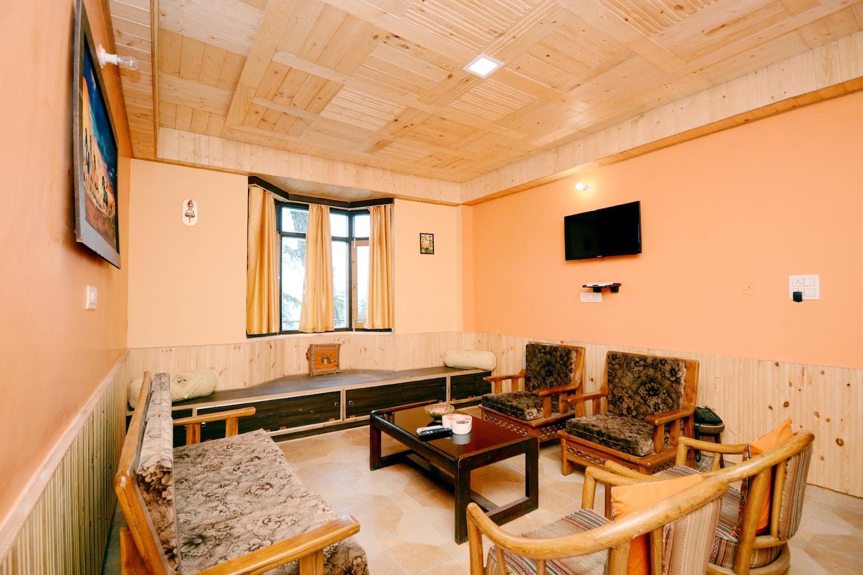 OYO Home 37291 Pine View  Stuido Stay Kanlog -1
