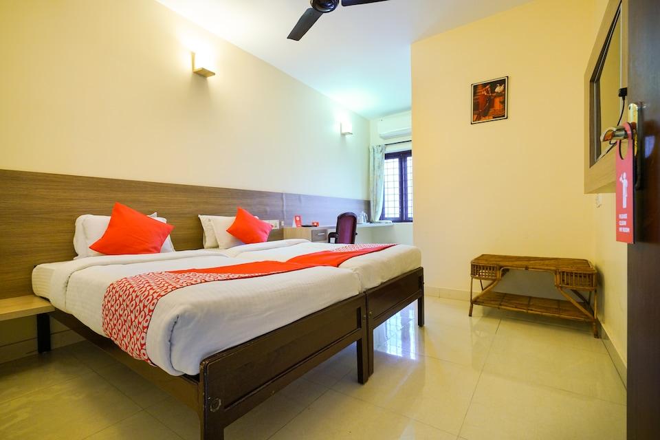 OYO 3633 Nanda Inn, MG Road Kochi, Kochi