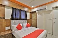 OYO 37359 Hotel Shiv Villa