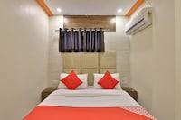 OYO 37359 Hotel Shiv Villa Saver