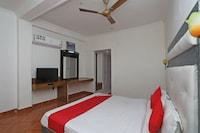 OYO 37365 Hotel River View