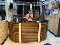 OYO 37405 Hotel Aman Inn