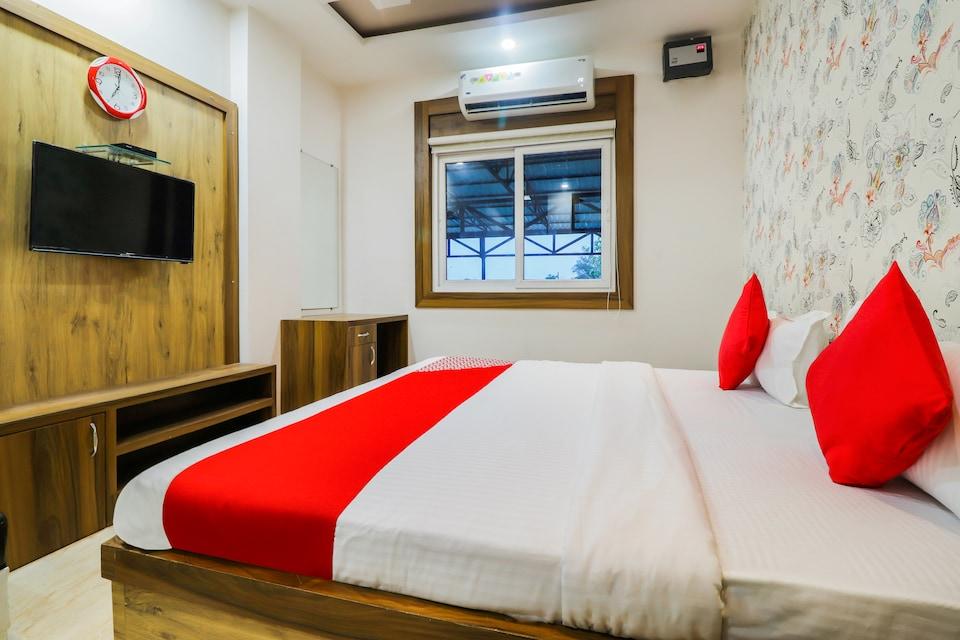 OYO 37451 Hotel Khushi Plaza
