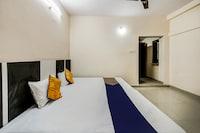 SPOT ON 37465 Narmada Anand Palace  SPOT