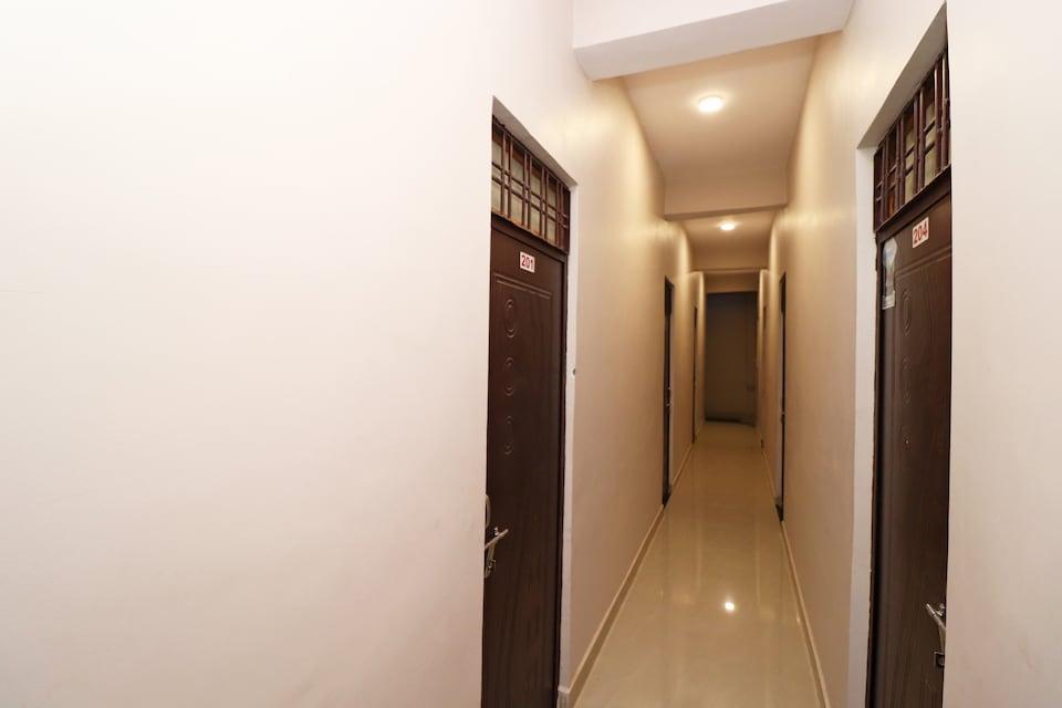SPOT ON 37467 Shivram Hotel , Vijay Nagar - Jabalpur, Jabalpur