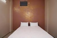 SPOT ON 37467 Shivram Hotel