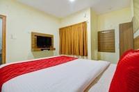 OYO Flagship 37476 Hotel Nakshatra Grand