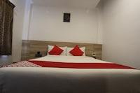 OYO 37481 Sumangali Residency Deluxe