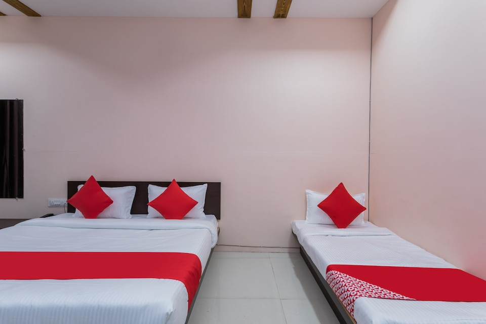 OYO 37482 Shree Roop Ganga Hotel & Resorts