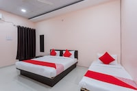 OYO 37482 Shree Roop Ganga Hotel & Resorts