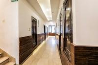 OYO Flagship 37488 Hotel R V Regency